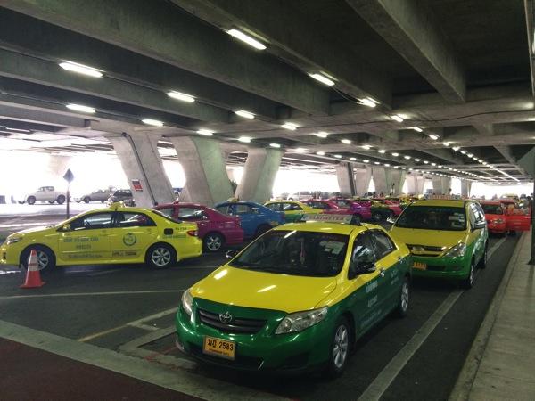 タクシーで使える簡単なタイ語・気をつけること