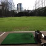 【ゴルフ練習】エカマイ 打ちっぱなし 42ティーオフ