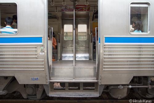 タイ国鉄 アソークーキングモンクット 10