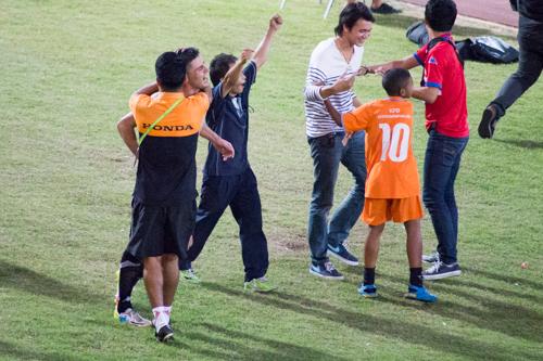 タイホンダFC対スコータイFC 2014年12月13日 15