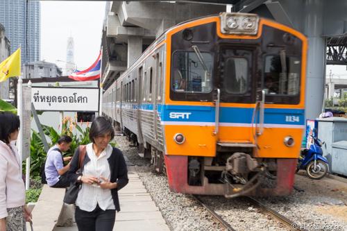 タイ国鉄 アソークーキングモンクット 4