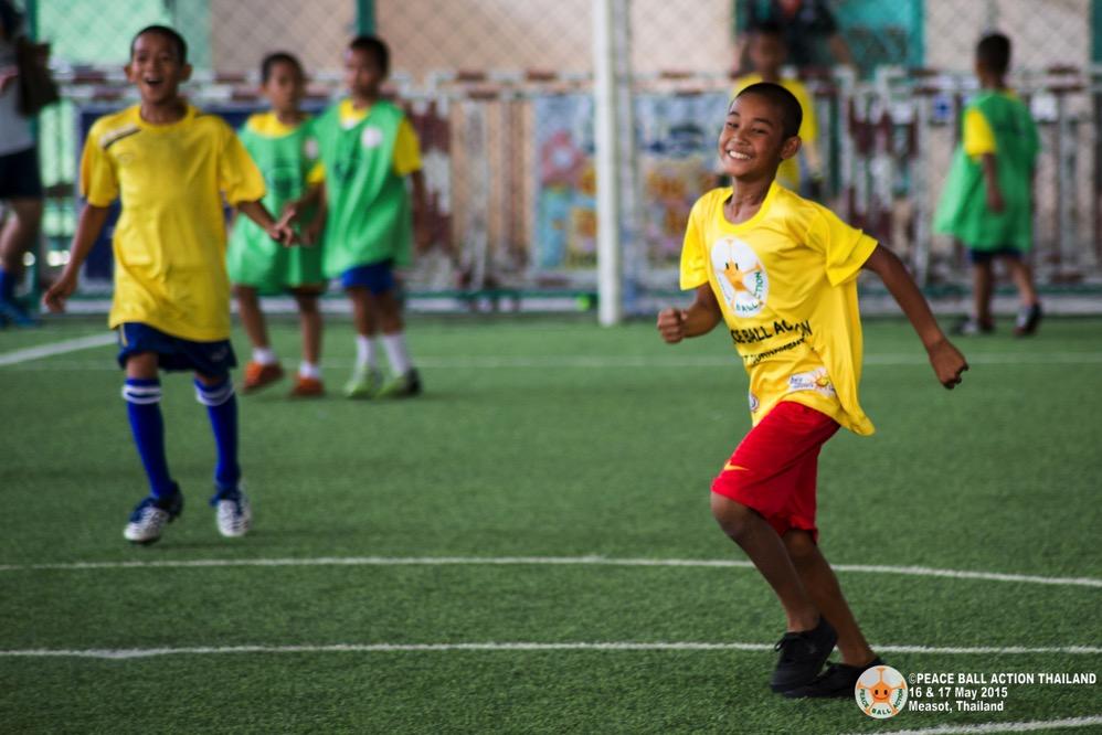 Peace ball action thailand measot tournament 2015  43