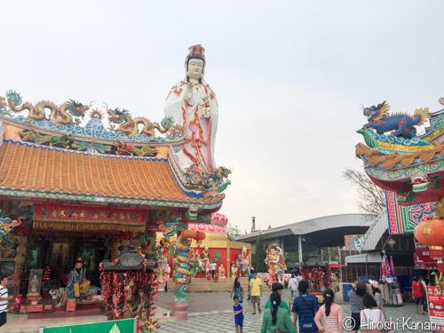 巨大ピンクガネーシャのお寺20