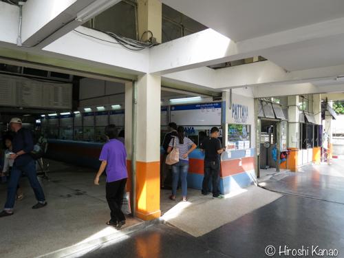 バンコク パタヤ バス 8
