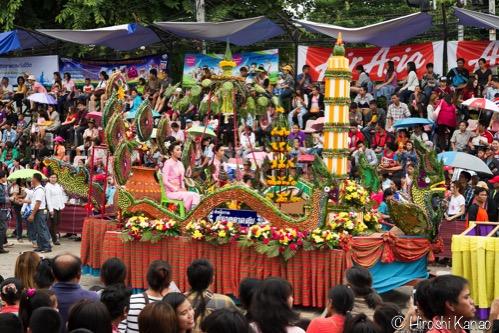 ウボンラチャタニ ろうそく祭り 16