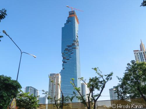 Bangkok マハナコーン ビル