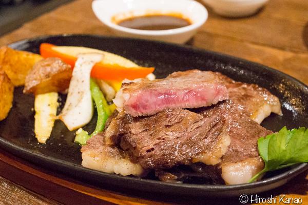 バンコクで食べられる北海道直送のステーキが激ウマ!ソイ49のPekoで至福のひとときを。