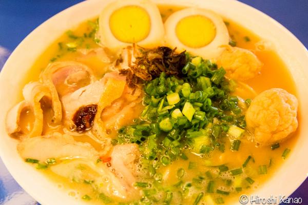 バンコクの鶏白湯ラーメン「七星(ななせ)」が、タラートロットファイ・ラチャダーに出店!早速行ってみた!