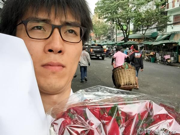 バンコクでプロポーズ 花買い出し