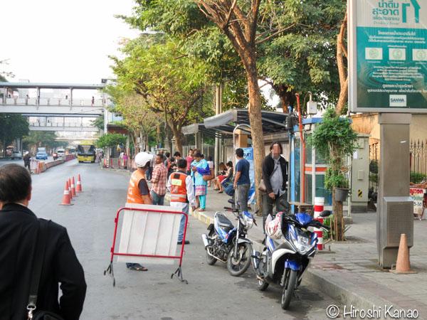 タイ人と結婚 国際結婚 婚姻手続き 結婚資格宣言書 独身証明 バンコク タイ国外務省 ジェーンワッタナー4