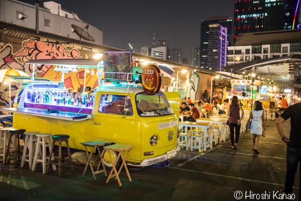 タラート ロットファイ ラチャダー タイカルチャーセンター ナイトマーケット エスプレネード裏 タイ 観光 バンコク 19