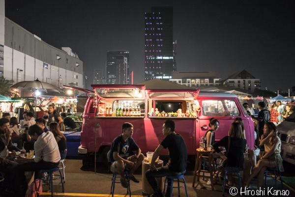 2015年1月 タラートロットファイ ラチャダー バンコク ナイトマーケット 人気スポット 観光 11
