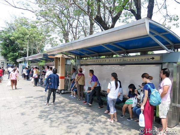 バンコクのモーチットからドンムアン空港まで高速バスで行く方法 2