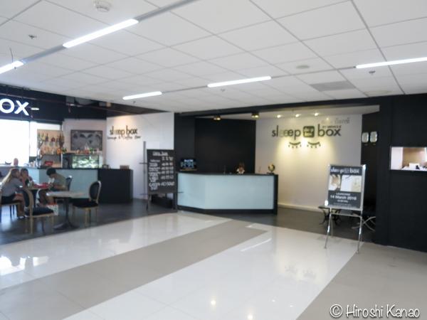 ドンムアン空港 フードコート 飲食店 1
