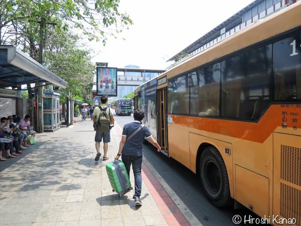 バンコクのモーチットからドンムアン空港まで高速バスで行く方法 5