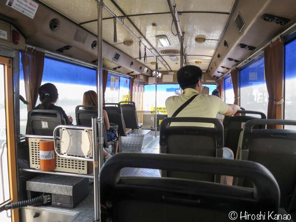 バンコクのモーチットからドンムアン空港まで高速バスで行く方法 9