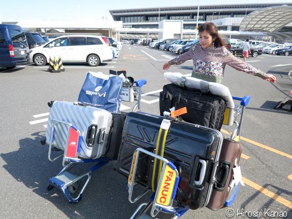 タイ赴任当時は荷物1つだけど、日本に本帰国するときは妻と4つ以上の荷物が一緒。