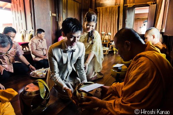 タイ 結婚式 タイ式ウェディング タイ人と結婚 国際結婚 読経6