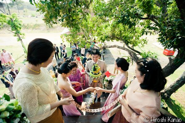 タイ 結婚式 タイ式ウェディング タイ人と結婚 国際結婚 関門 12