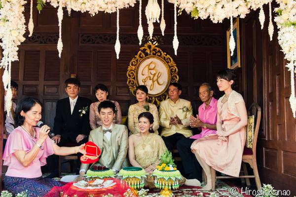 タイ 結婚式 タイ式ウェディング タイ人と結婚 国際結婚 結納金 ゴールド 8