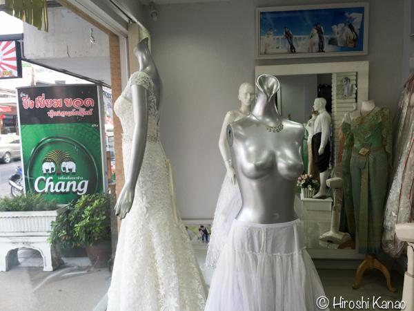 タイ 伝統的結婚式 衣装 6