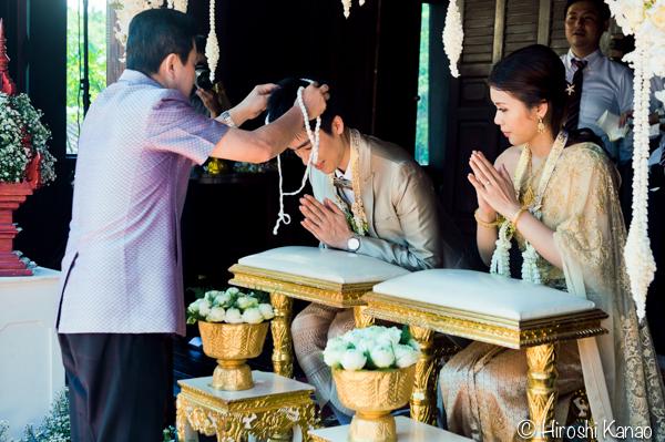 タイ 結婚式 タイ式ウェディング タイ人と結婚 国際結婚 結納金 ゴールド 13